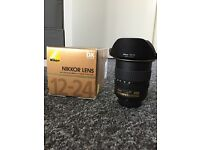 Nikon 12-24mm Wide Angle Lens F/4G IF-ED **mint condition** used twice!