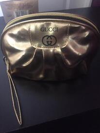 Gucci make up and bag