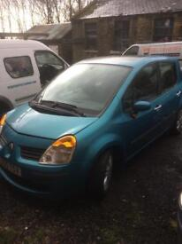 Renault Modus 1.6 auto for spares or repairs