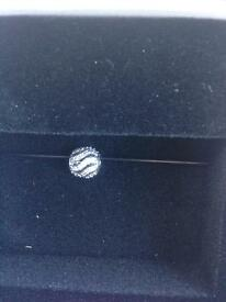 Pandora bead pave waves new in box