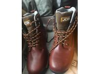 JCB SAFETY BOOTS BRAND NEW LEATHER