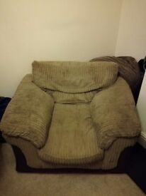 Free DFS armchair Brown