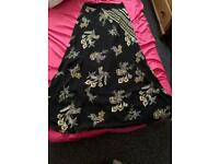 2 woman skirts size 46