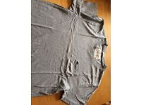 Abercrombie and fitch grey t shirt