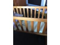 Wooten cradle in good condition used but works very good