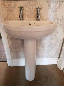 Wash hand basin complete