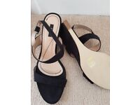 NOSE Faux Suede Black Small Wedge Heel Sandal EU Size 39 NEW