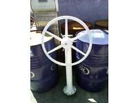 Steering binnacle with destroyer type wheel