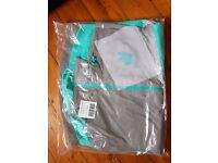 Deliveroo waterproof jacket M NEW never used