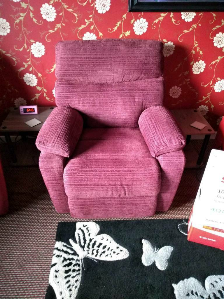Swell Harveys Electric Recliner Chair With Usb Port In Nantwich Cheshire Gumtree Pabps2019 Chair Design Images Pabps2019Com