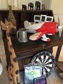 Giraffe wooden feature