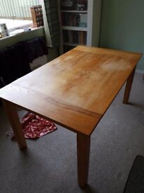 Solid oak dining table six person good condition