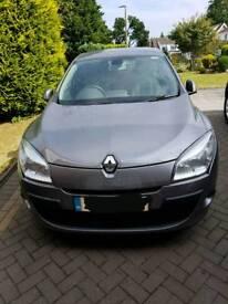 Renault Megane 1.6 dynamique tomtom *low mileage*