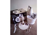 SILVERCREST KITCHEN TOOLS® 300W Hand Mixer Set - LIke new!!!