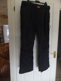 Alpine snowsport ski/padded waterproof trousers 30-32'' waist (76-81cm)