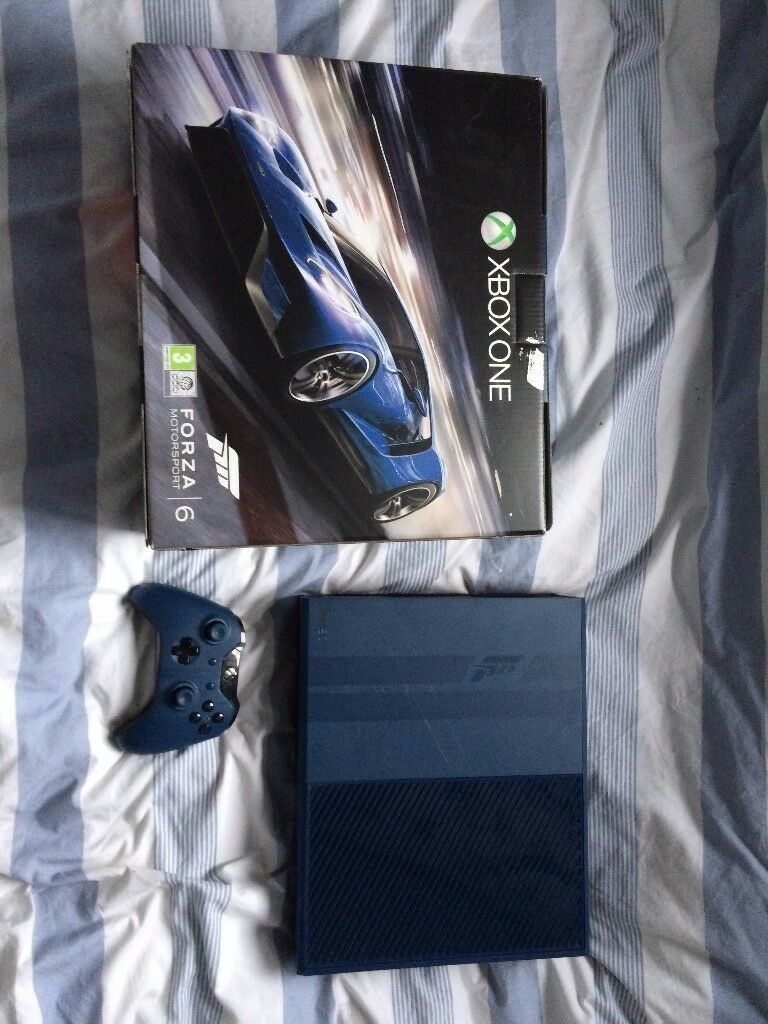 Xbox One 1TB Forza Special Edition console