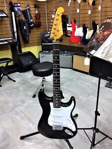 Guitare électrique GWL Stratocaster pour débutant  **excellente condition**  #F019703