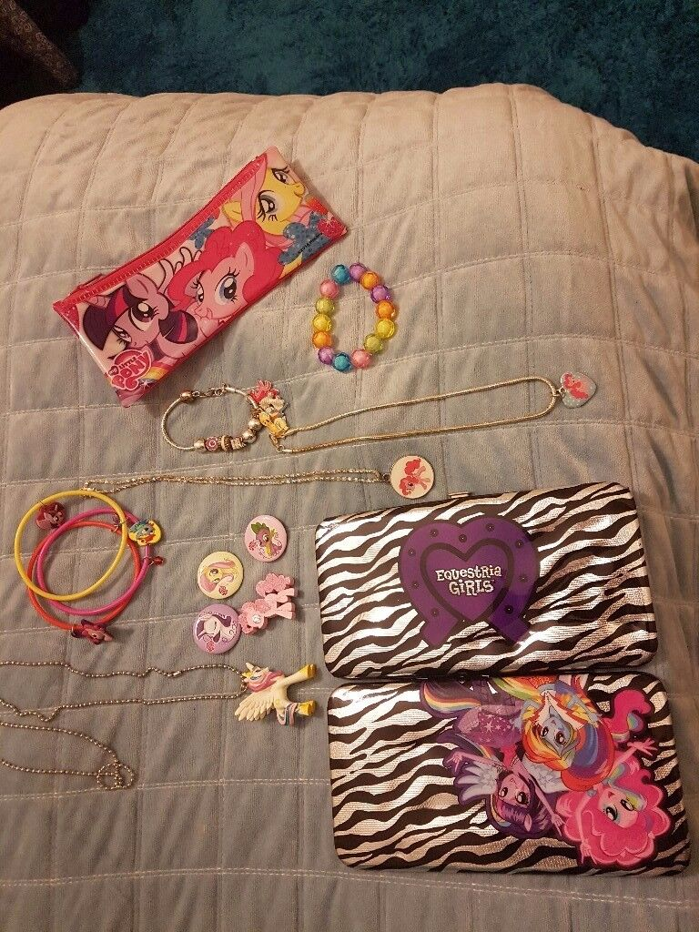 My little pony accesdories.jewellary .badges.case.and wallet