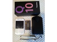 I AM SELLING OR SWAPPING A BRAND-NEW WHITE BLACKBERRY Q10:
