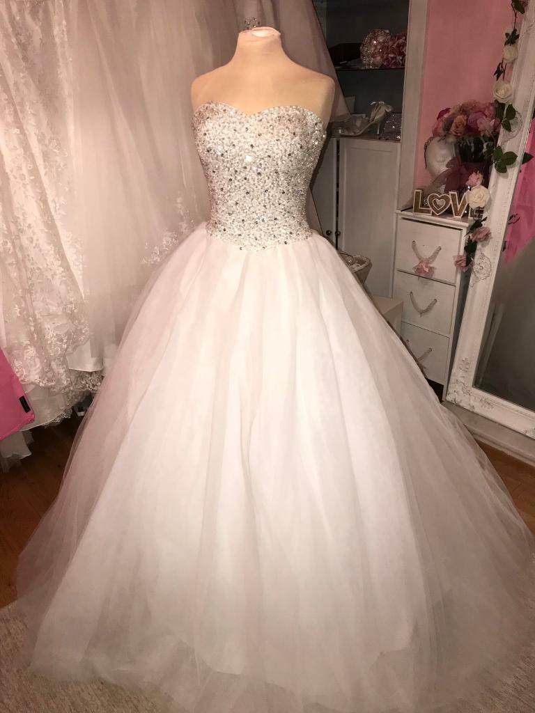 Size 22 gorgeous sparkly princess wedding dress | in Renfrew ...