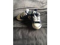 Baby blue converse size 17