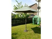 Outdoor parasol and base