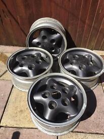 Land Rover alloys