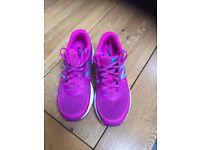 Women's New Balance Neutral Running Shoes Size 6