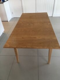 Oak effect dining table (and x4 chairs)