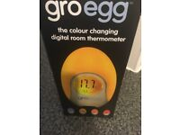 Groegg digital room thermometer