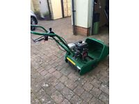Suffolk Punch Lawn mower used once 38.0kg 2800rpm