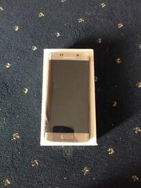Samsung Galaxy S6 edge 32gn in gold unlocked.