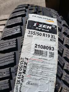 675$ POUR 4 X255-50-R19 NEW TIRE MARSHAL WINTER NEUFS