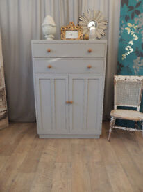 Tallboy with two drawers and cupboard in shabby chick style