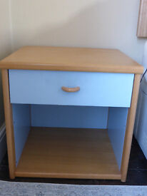 bedside chest & chest of drawers