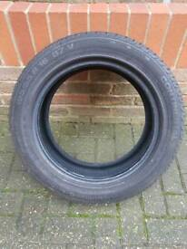 Continental premium contact tyre 195 55 r16
