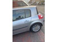 Renault, MEGANE, Hatchback, 2007, Manual, 1598 (cc), 5 doors