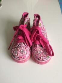 Lelli Kelly trainers never worn size 6