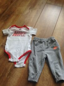 nike sets age 6-9 months