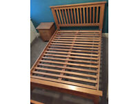 Lovely and elegant solid oak double size bed frame