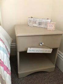 Set of bedside tables