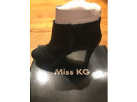 Miss KG/ Kurt Geiger Black Leather Style Ankle Boots Size 6 BNIB with all packaging
