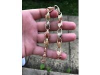 9ct gold tri tulip bracelet