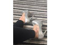 Ladies heels size 6&7