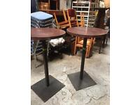 Poser tables x2