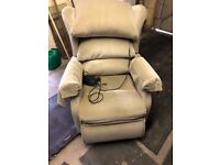 Electric Reclining Chair, Good conditioning