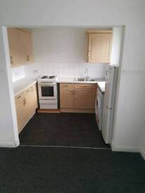 Spacious bright one bedroom flat