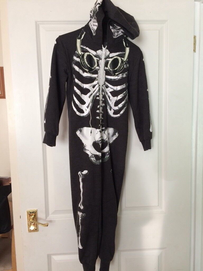 Halloween costume onesie size 7-8