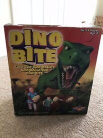 Dinobite game