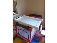 Baby changing desk + pad